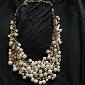 Stella & Dot pearl bib necklace